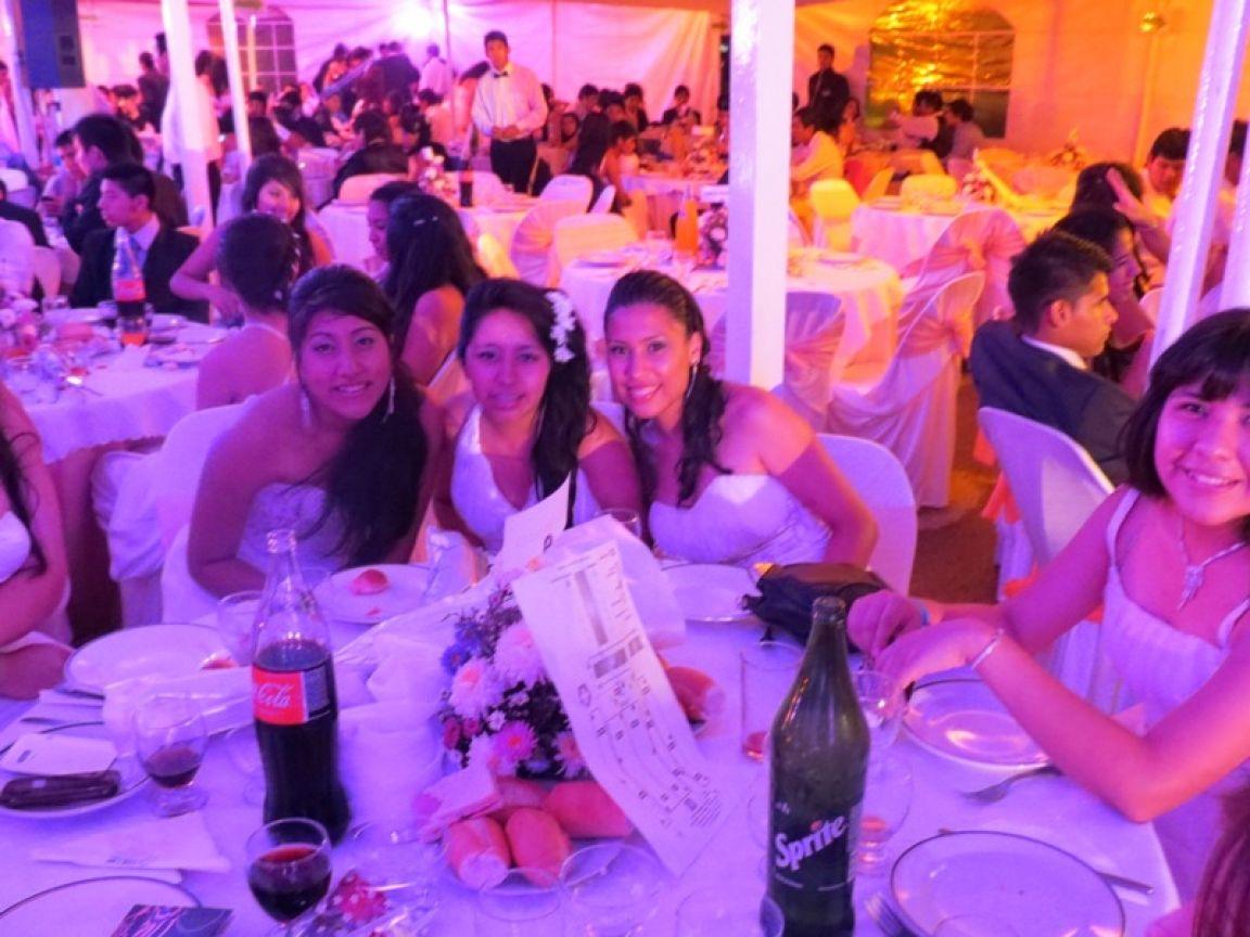 Perfecto Vestidos De Fiesta Sala Blanca Bosquejo - Ideas de Vestidos ...