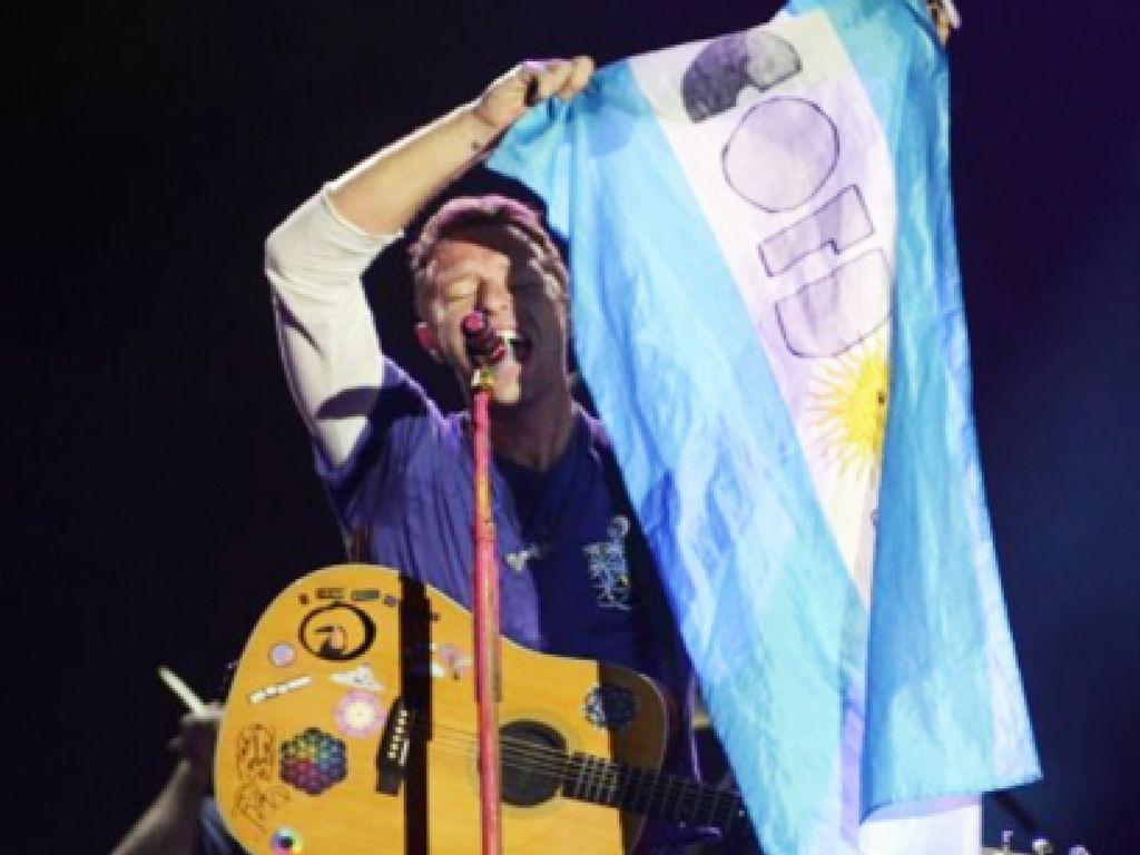 Coldplay cantó De Música Ligera en una prueba de sonido