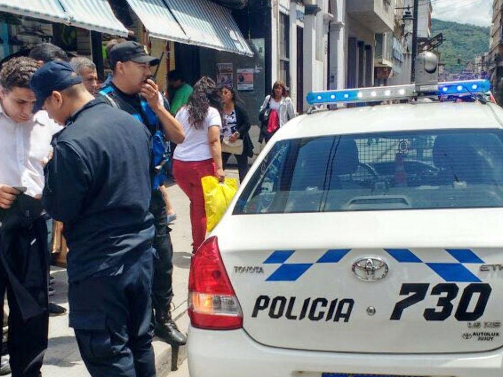 Intentó robar en la Peatonal pero fue detenido