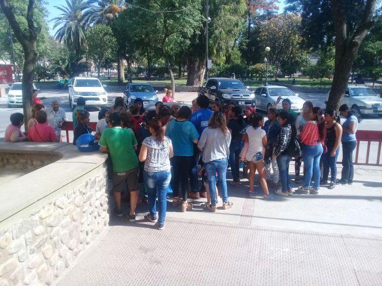 Tras la reunión con Educación, mañana la actividad de la Escuela Domingo T. Perez será normal