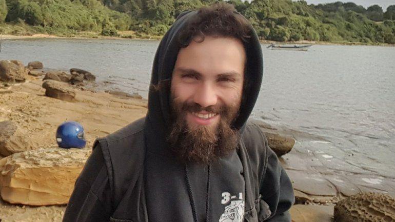 Santiago Maldonado murió por asfixia por sumersión y el cuerpo siempre estuvo bajo el agua, confirmó la autopsia