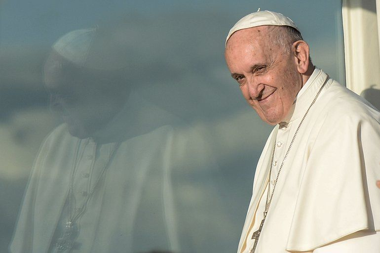 En el último domingo de adviento y palpitando la Navidad, el papa Francisco pidió la paz para todo el mundo