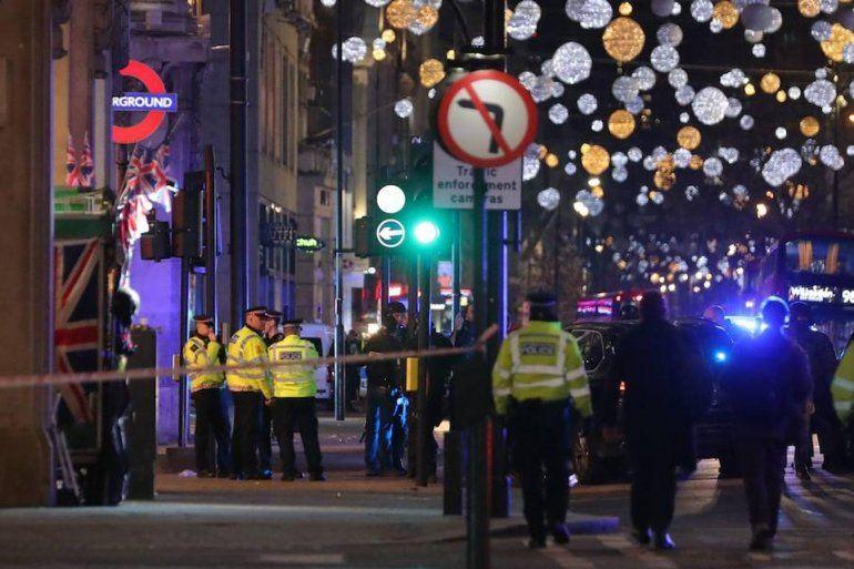 Londres: evacúan la estación de subte Oxford Circus por un incidente