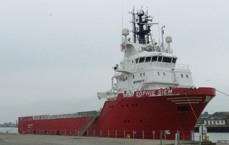 Las condiciones del tiempo retrasan la carga del minisubmarino Shopie Siem