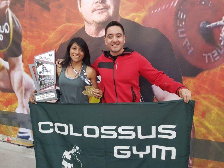 Carolina, la jujeña que llegó al podio en el mundial de Powerlifting Argentina