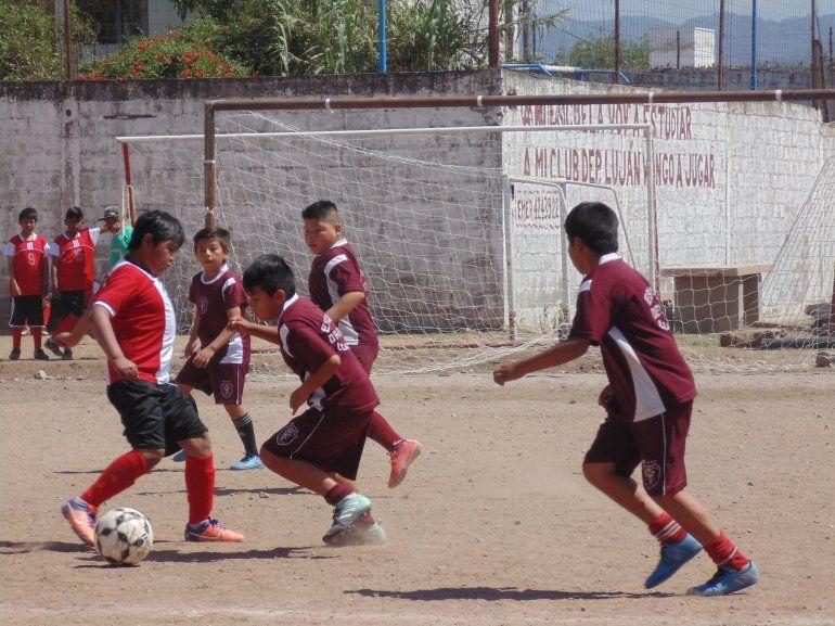 Fútbol y agasajo en Luján: se realizó un torneo con escuelas del interior