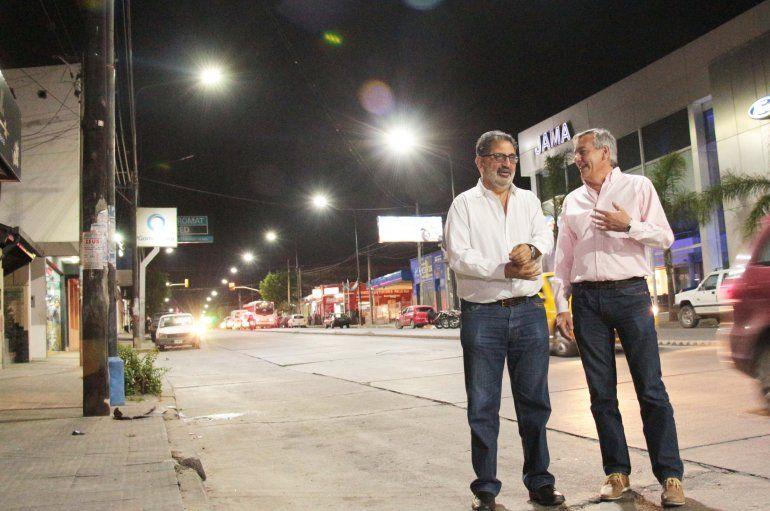 Cambio en la iluminación de la ciudad: fue el turno de la Avenida Almirante Brown
