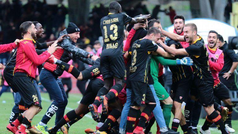 Habían perdido todos los partidos y empataron ante el Milan ¡con gol del arquero!