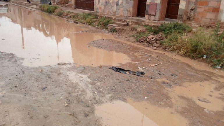 Tilcara: Llovió poco pero el agua se empozó igual ¿Es para preocuparse?