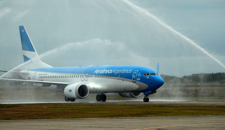 Presentaron en Jujuy el nuevo avión que recorrerá el país en un día