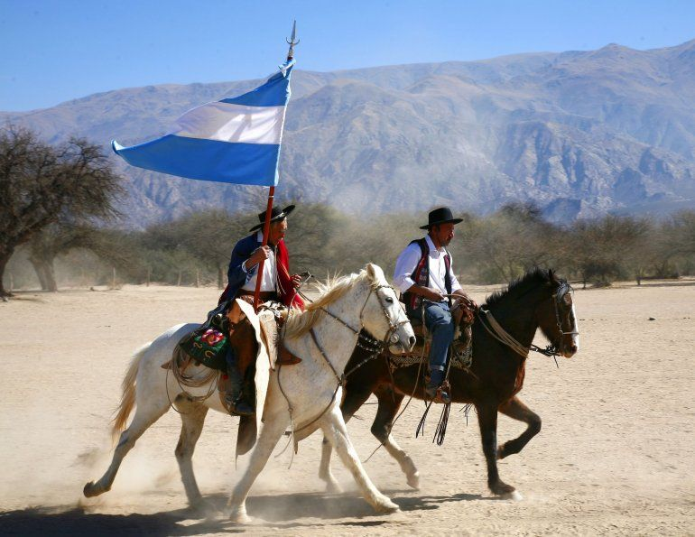 Hoy se celebra el Día Nacional del Gaucho en honor a la publicación del Martín Fierro