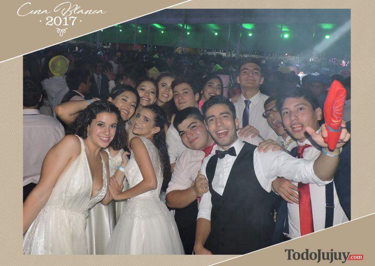 Mirá las mejores fotos de la Cena Blanca – Promo 2017