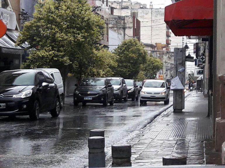 No te ilusiones: la lluvia y la humedad seguirán toda la semana