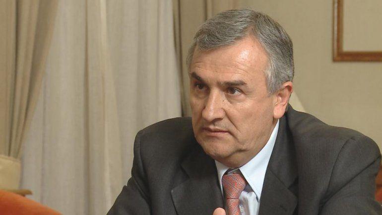 Sala criticó a Morales por el arancel a extranjeros y el gobernador le respondió