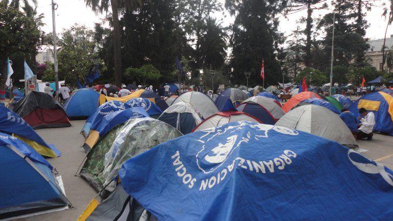 Solicitan la elevación a juicio de la causa por el acampe en plaza Belgrano