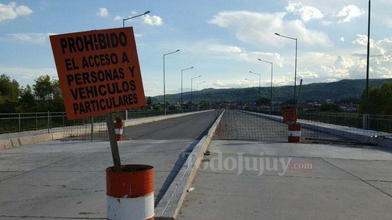 Bajo La Viña: en enero del 2018 habilitarían la obra completa de la Av. Balbín y el puente