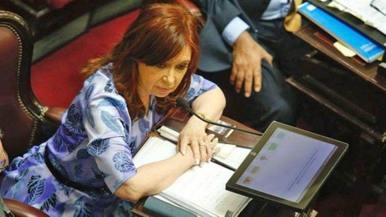 CFK debutó en el Senado: Utilizan del Poder Judicial para desprestigiar a dirigentes