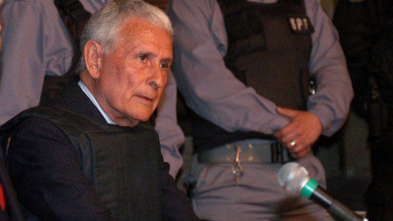 Prisión domiciliaria: Etchecolatz fue trasladado a su casa de Mar del Plata