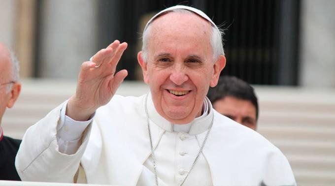 Francisco podría visitar cuatro continentes en 2018