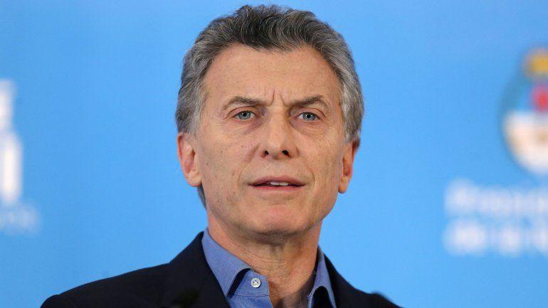 Macri anunció un ajuste en el Estado: reducirá cargos, congelará sueldos y apartará a familiares de ministros