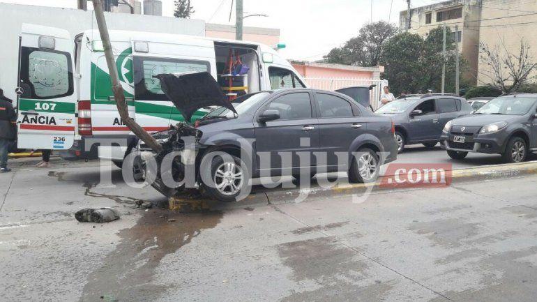 Por constantes accidentes vecinos piden lomo de burro o semáforos sobre avenida Riobamba