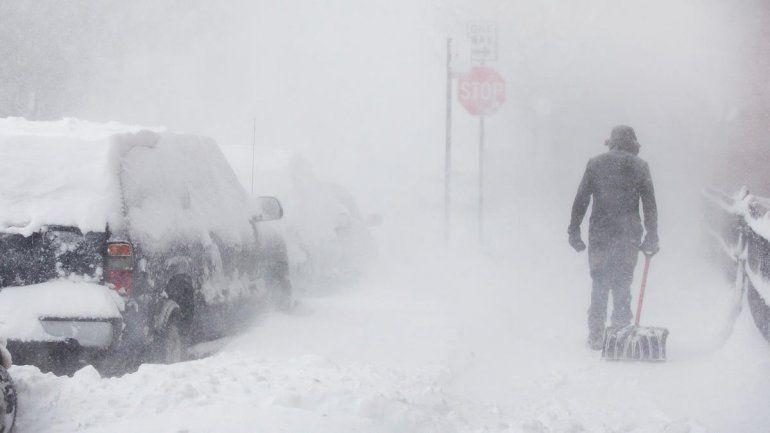 Ciclón Bomba: temperaturas bajo cero, nieve, muertes y grave situación climática