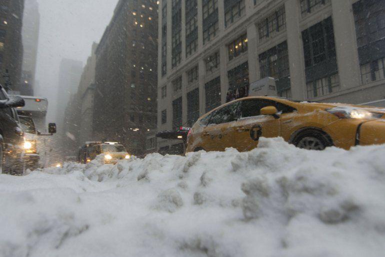 Nueva York está en emergencia y todo Estados Unidos se prepara para un dramático descenso de la temperatura