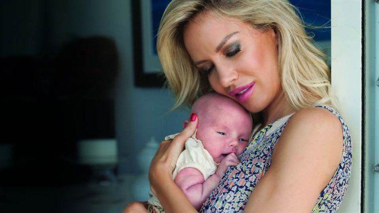 La rubia reveló cuánto gastó para poder convertirse en mamá de Matilda