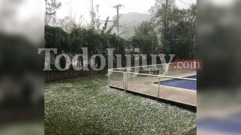 Alerta meteorológico: mirá cómo granizó esta tarde en algunas zonas de Yala