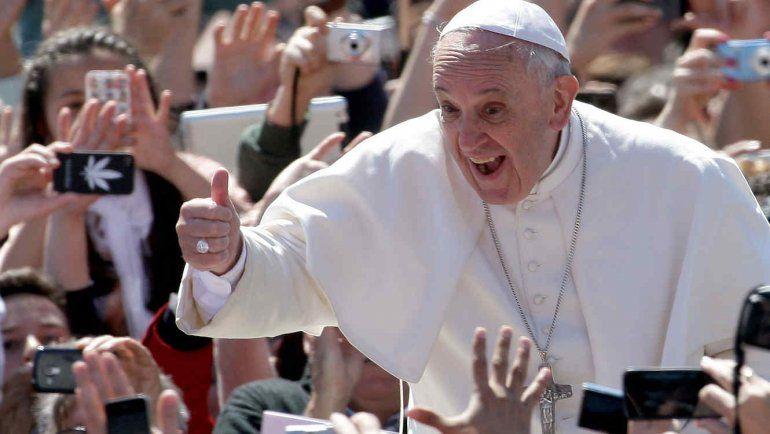 A menos de 10 días del arribo del Papa, en Chile la reserva hotelera supera el 70%