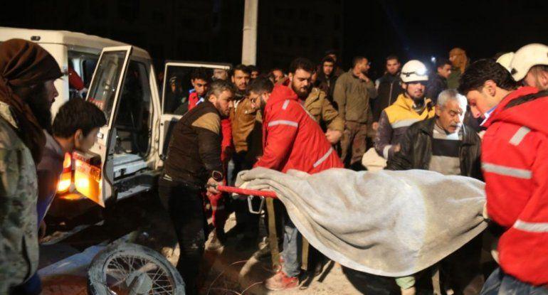 Al menos 18 muertos por ataque explosivo a sede insurgente en Siria