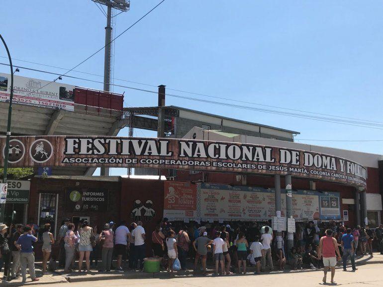 Tunay, por primera vez en la 53 edición del Festival Nacional de Doma y Folklore
