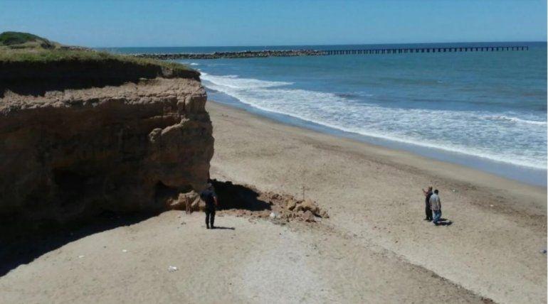 Mar del Plata: una nena de 3 años murió aplastada tras el desmoronamiento de un barranco