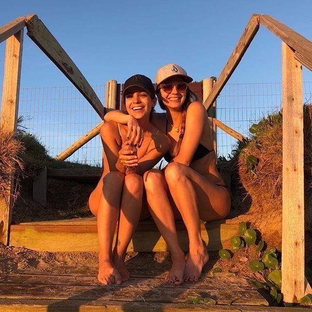Agustina Cherri y Marcela Kloosterboer juntas en vacaciones