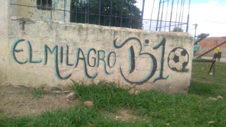 Vecinos autoconvocados recuperan un espacio verde olvidado por el municipio