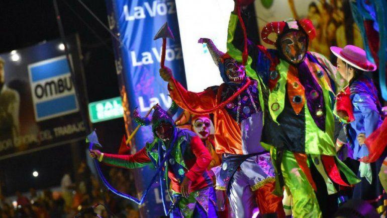 El Carnaval de Los Tekis comenzó como un sueño y hoy tiene vuelo propio