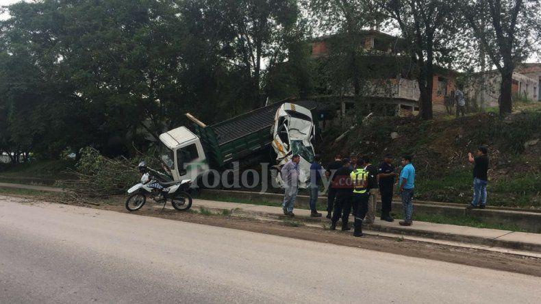 ¡No pasó a mayores! Un accidente en barrio Norte solo presenta daños materiales