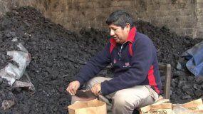 El Carbonero de Cerro Las Rosas: ejemplo vivo de uno de los oficios mas antiguos
