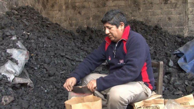 El Carbonero de Cerro Las Rosas:herencia y pasión con uno de los oficios mas antiguos
