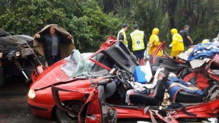 Tragedia en Brasil: 3 argentinos murieron aplastados por un container