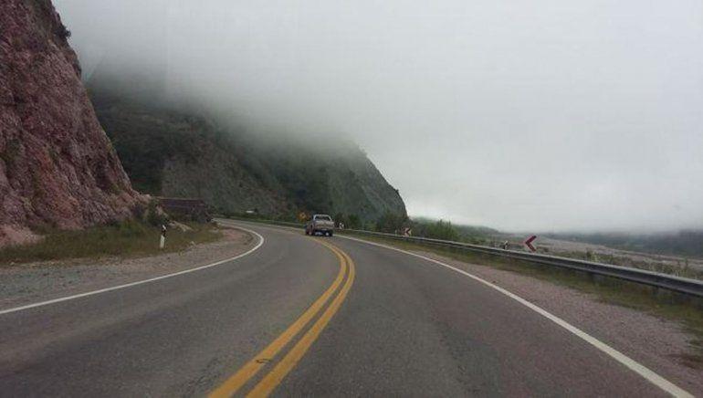 Con  lluvias persistentes en toda la provincia, hay cortes preventivos y rutas intransitables