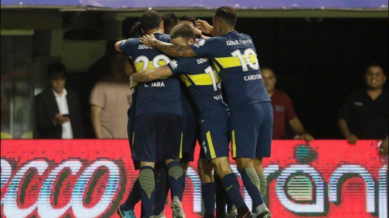 Boca derrotó a Colón con autoridad y sigue en lo más alto de la tabla