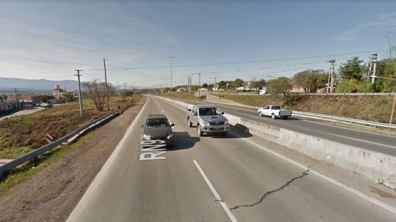 Intentó cruzar la ruta 9 evitando el puente peatonal y murió atropellado