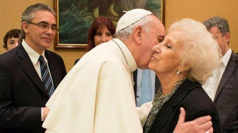 Estela de Carlotto fue recibida por el Papa Francisco: Está preocupado por Argentina