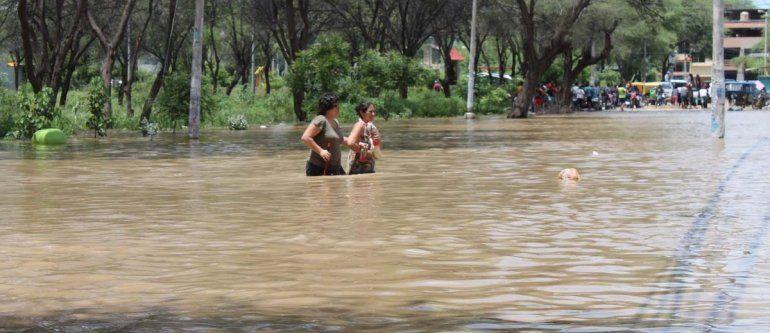 Bolivia declara estado de emergencia por fuertes lluvias y otorgó créditos inmediatos