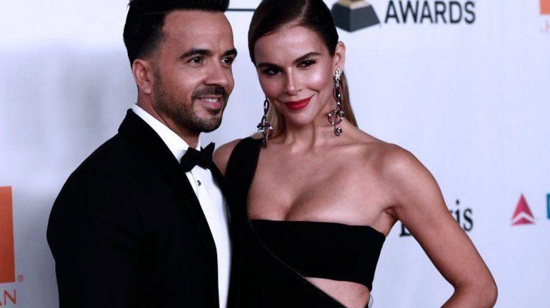 Luis Fonsi y su esposa, furiosos ante las críticas por el peso de su hija