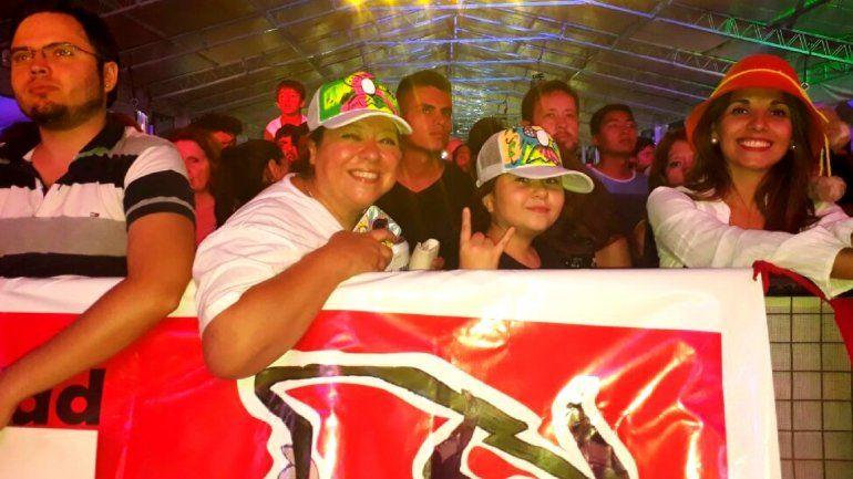 Angelina tiene 10 años y el presidenta del club de fans de Los Tekis en Santa Fe