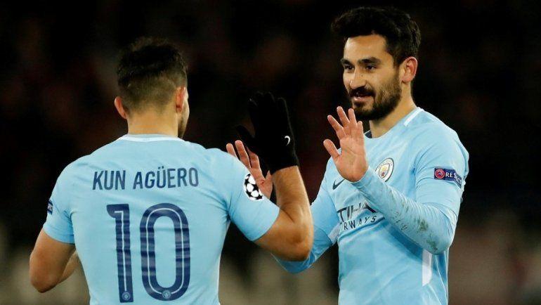 Con un gol de Agüero, Manchester City goleó a Basilea y quedó a un paso de los cuartos de final