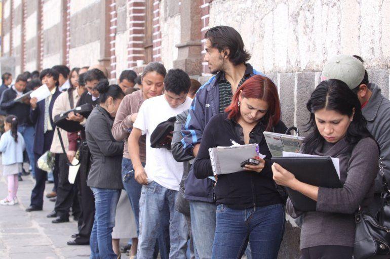 El desempleo alcanzó el 10% y hay dos millones de desocupados