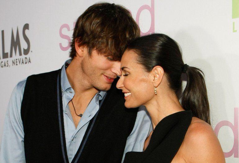 El extraño método de Ashton Kutcher para superar la separación de Demi Moore